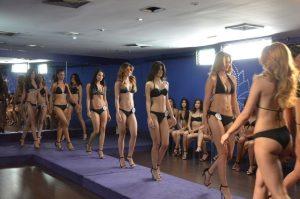 Osmel Sousa evaluó a las candidatas del Miss Zulia