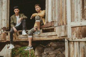 Nael y Justin marcan pauta como directores audiovisuales en Latinoamérica