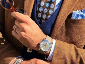 Accesorios se abren paso en la moda masculina