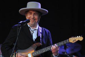 Acusan a Bob Dylan de plagiar discurso de aceptación del Nobel