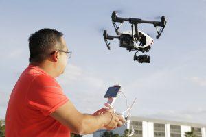 Vuelo de drones: «tus ojos más allá de la tierra»