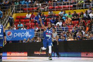 LPB: Marinos y Guaiqueríes picaron adelante