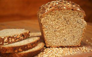 Determinan que el pan integral no es más sano que el blanco