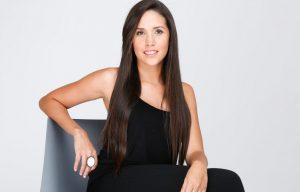 Veronica Ruiz del Vizo innova con su estrategia de marca personal vía whatsapp