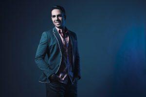 Benavides empieza a expandir su carrera internacional al firmar con Universal Music