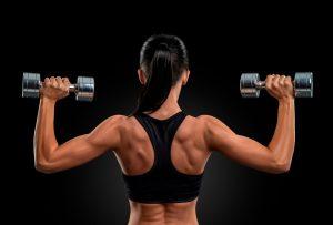Con estos ejercicios tendrás una espalda de impacto