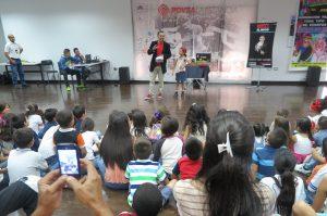 Teatro para niños en la Estancia Maracaibo