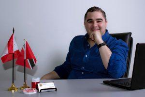 El Venezolano Néstor Vílchez destaca por su labor como reclutador estudiantil internacional