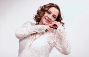 Elba Escobar llevará su monólogo a España