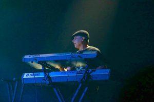 Carlos Julio Vilchez celebra mas 30 años de carrera musical