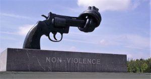 02 de octubre: Día Internacional de la No Violencia