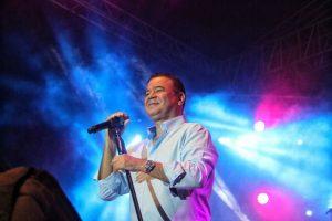 «Solo quiero amor», es la canción del fin de año con Iván Villazón
