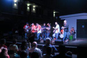 PDVSA La Estancia Maracaibo celebró el inicio de la Navidad en «Santa Lucía» y «Las Laras»