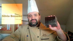 El chocolatero Silvio Bessone expone su saber en la cuna del cacao