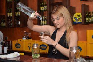Los sabores de «La Tierra del Sol Amada» protagonizaron el Primer Encuentro de Bartenders Zulia MIX