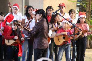 Maracaibo: «Poesía y musa en navidad»