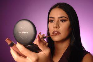 Andrea Ramírez dictará el curso especial  de maquillaje «Pieles maduras»