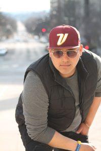 El cantante zuliano Ely «El Soñador» llega con su nuevo tema «Pégate»