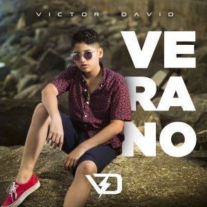 Víctor David estrena su nuevo sencillo «Verano»