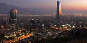 Cambio de hora en Chile, ¿cuál es el mejor huso horario para el país?