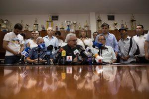 Oposición venezolana insta a Bertucci y Falcón a unirse por comicios «libres»