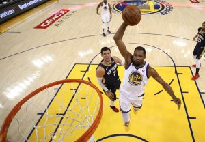 NBA: Warriors vencen a Pelicans y avanzan a final de Conferencia Oeste