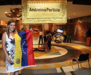 El Teatro Baralt albergó a las Mariposas Monarcas de Andreína Portillo
