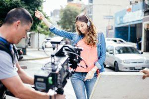 Javier Farías dirige el nuevo videoclip «Loco por volverte a ver» de Ronald Borjas