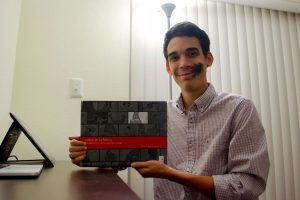 Venezolano Néstor Zambrano gana premio al mejor artista de animación