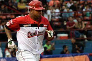 LVBP: José Castillo hizo historia con el inatrapable mil de su carrera