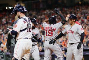 Medias Rojas aplastan a Astros y se van al frente 2-1 en Campeonato de la Americana