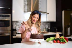 Johana Clavel: la chef que hace posible los postres saludables y cambia estilos de vida