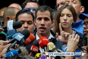 La oposición llama a militares a desobedecer al Maduro más castrense