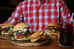 Realizan primer concurso de hamburguesas en Maracaibo