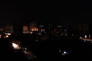 Gobierno anuncia restitución eléctrica en la «inmensa mayoría» de Venezuela