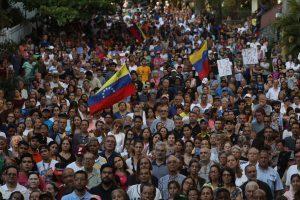 Los democráticos apagones no vencen la polarización en Venezuela