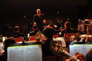 Venezolano Roberto Paredes triunfa en Orquestas de Denver