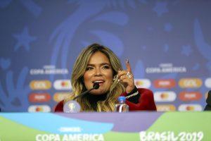 Karol G espera que Colombia pueda celebrar «algo grande» en la Copa América