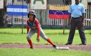 Venezuela viniendo de atrás se mantiene invicto en Latinoamericano de Pequeñas Ligas