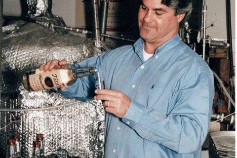 La original Tito's Handmade Vodka llega a Venezuela
