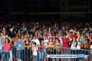 Urbe celebra «Último Timbre» con mucha energía