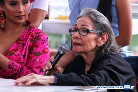 Bazar Más celebra su noveno aniversario con desfile a beneficio de la Fundación Innocens