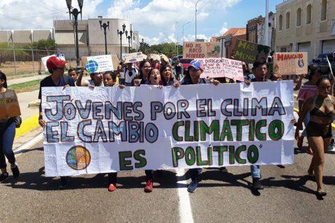 Jóvenes marcharon por el Cambio Climático en Maracaibo
