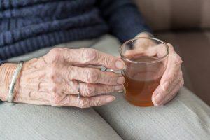 En los adultos mayores hipertensos la combinación con diuréticos requiere especial cuidado