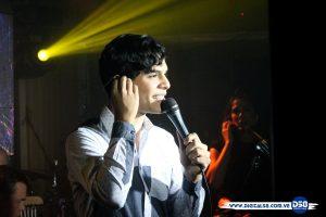 Angel Delgado ofreció concierto en íntimo e inolvidable