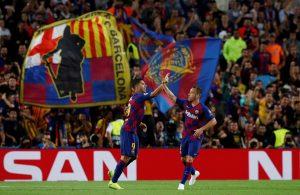 Ajax se exhibe en Mestalla, el Liverpool sufre y Suárez rescata al Barça