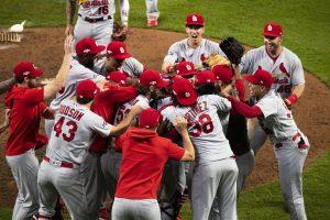 #MLB: Cardenales aplastan a Bravos y van en busca del título de la Liga Nacional