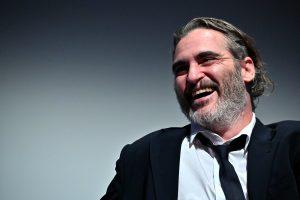 Joker: 4 cosas que quizás no sabías de Joaquin Phoenix (y sobre cómo se preparó para ser el «Guasón»)