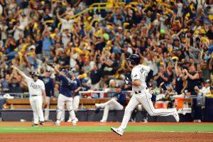#MLB: Tampa se mantiene en playoffs con cuatro jonrones y faena de Morton