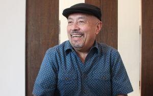 José Gil: «trato de mostrar al lector mi propio vuelo» (Día del escritor)
